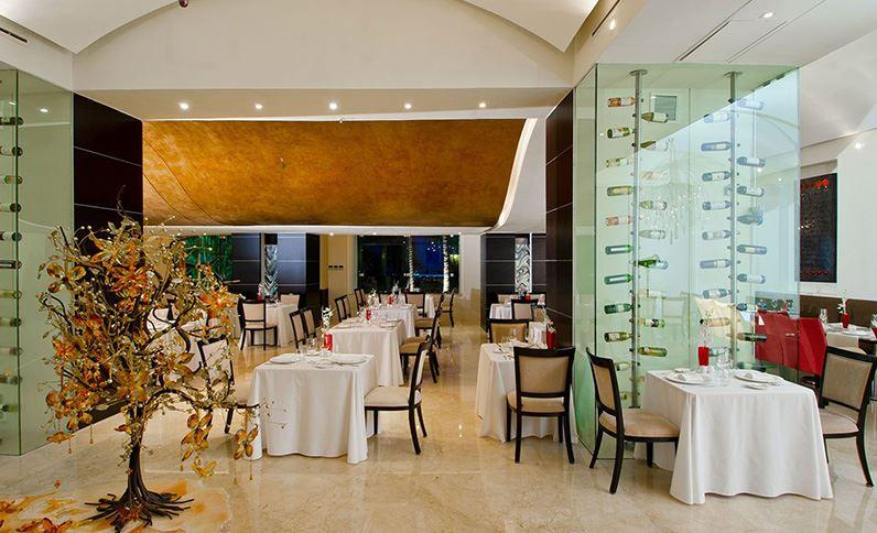 Grand Velas Riviera Nayarit - Cocina Tradicional Francesa en Restaurante Piaf