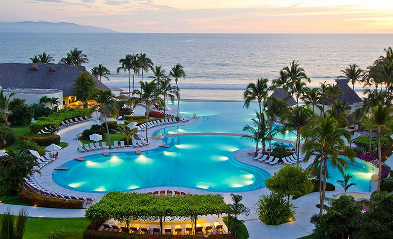 Grand Velas Riviera Nayarit - Resort al Caer la Noche