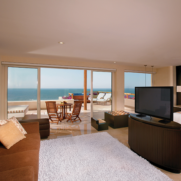 Suite Ambassador Grand Class: Electrónicos en suite en Grand Velas Riviera Nayarit