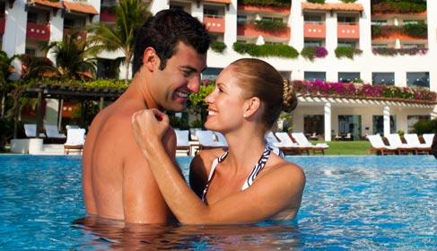 enjoy-honeymoon-package-at-grand-velas-riviera-nayarit-th